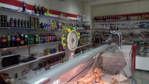 Два факта торговли алкоголем в День знаний выявили в Саратове