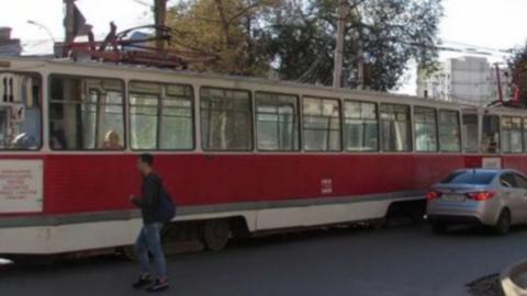 Перебои в движении трамваев продолжаются все утро