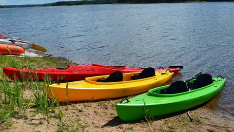 Спортшкола по гребле на байдарках и каноэ получила новые лодки