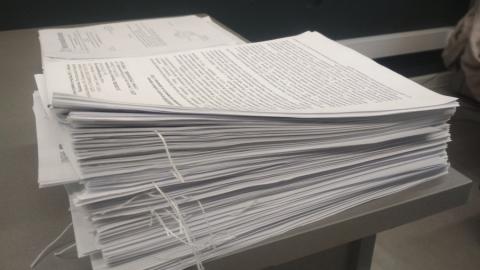 Регоператор взыщет задолженность с 56 собственников нежилых помещений