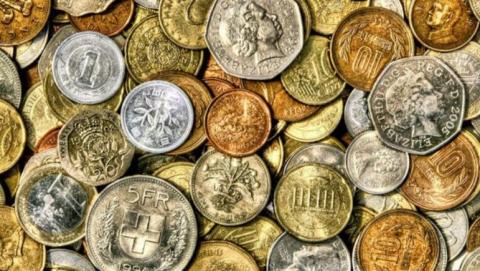 Жителя Саратова уличили в краже редких монет