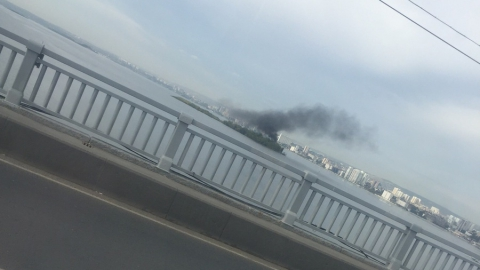Саратовцев встревожил густой дым над островом на Волге. Видео