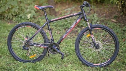 Вора-рецидивиста подозревают в ограблении велосипедистки-предпринимателя