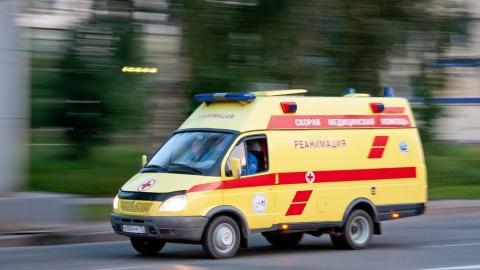 Раненый ножом ревнивец скончался в машине скорой помощи