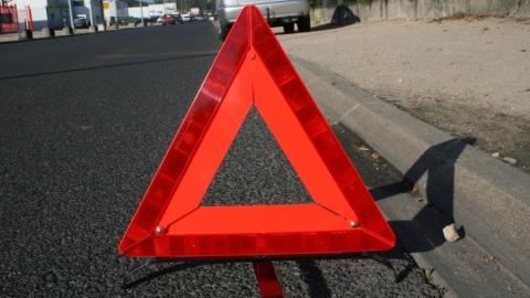 Водитель насмерть сбил пешехода на трассе и скрылся