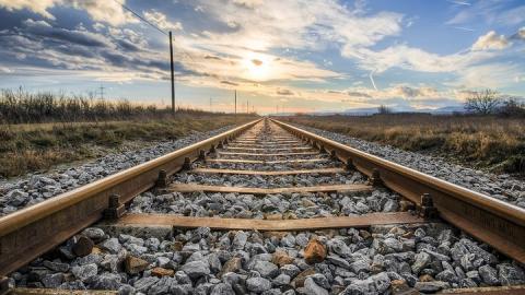 Составителя поездов, которому отрезало обе ноги, могут привлечь к уголовной ответственности