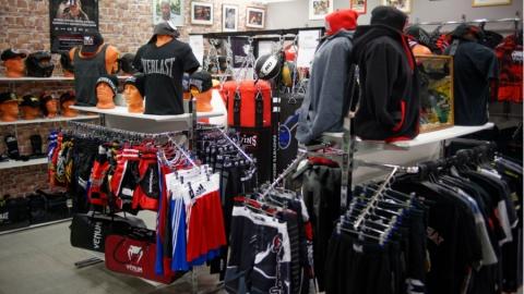 Рецидивиста подозревают в ограблении магазина в «Лазурном»