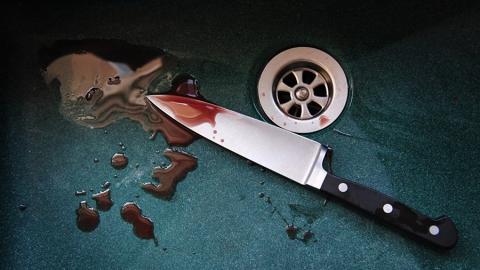 Мужчину убили ударом ножа в спину за флирт с чужой подругой
