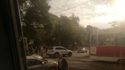 Авария на рельсах изменила два трамвайных маршрута