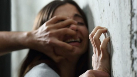 Оперативники ищут подозреваемого в изнасиловании врача