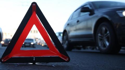 Полтора часа назад на улице Орджоникидзе столкнулись четыре автомобиля. Видео