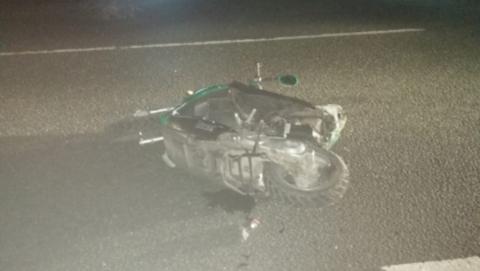 Подросток-скутерист погиб, его пассажир ранен в аварии. Объявлен поиск свидетелей аварии
