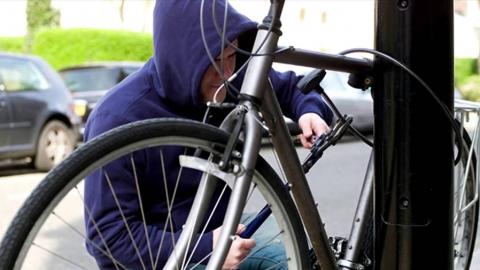 Рецидивиста подозревают в кражах двух велосипедов