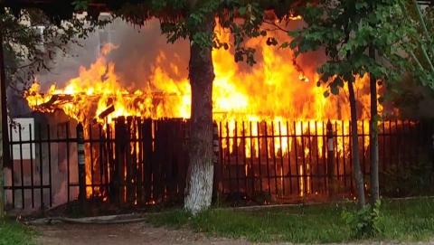 В сарае сгорел неизвестный мужчина