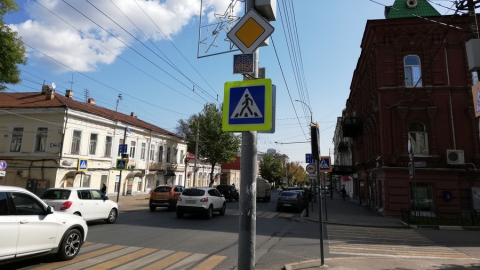 После страшной аварии на Московской поставили «недосветофор»