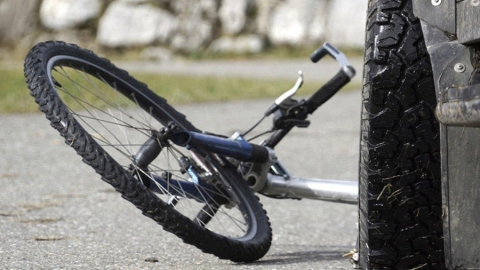 В Балакове на территории больницы сбили велосипедиста