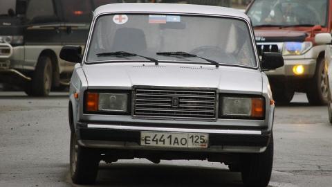 Судимый за оскорбление власти подозревается в угоне машины бывшей жены