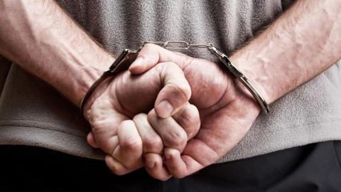 Инженер из Саратова признался в краже телефона и денег