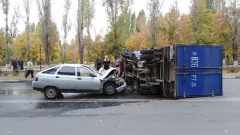 УФПС по Саратовской области подтвердило информацию о ДТП с почтовой машиной