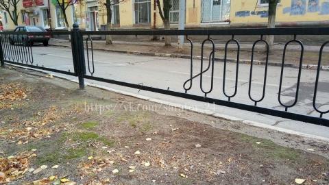 Саратовец пожаловался на кражу ограды возле ДК «Техстекло»