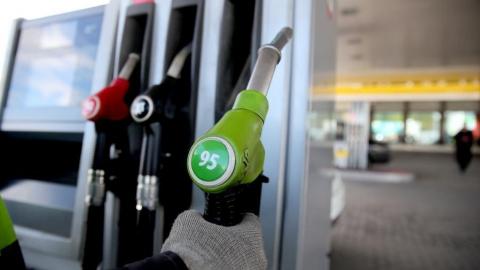 Бензин АИ-95 в Саратовской области дороже, чем в среднем по ПФО