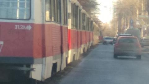 Три трамвайных маршрута сокращены из-за поломки в Мирном переулке