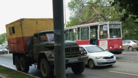 В Саратове остановились трамваи сразу четырех маршрутов