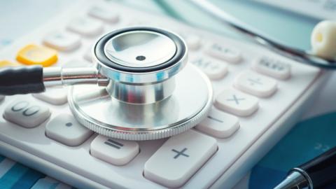 Два главрача саратовских больниц покинули свои посты