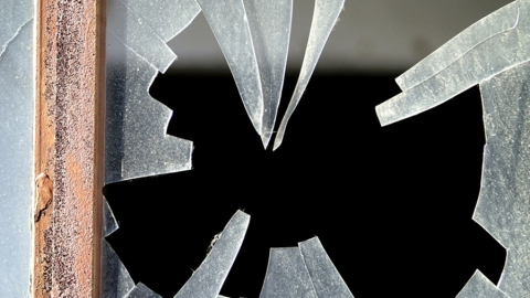 Мужчину уличили в краже у односельчанина 500 рублей и куртки