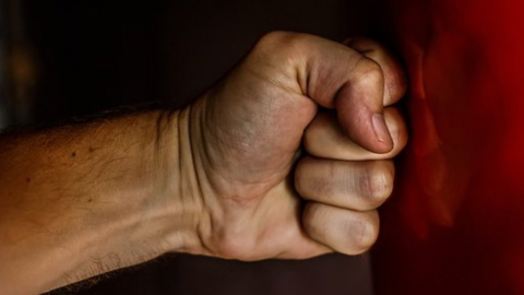 Мужчину забили насмерть за слова о сексуальной ориентации собутыльника