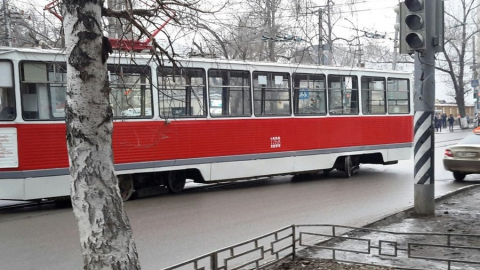 Авария возле министерства транспорта укоротила 11-й маршрут трамвая