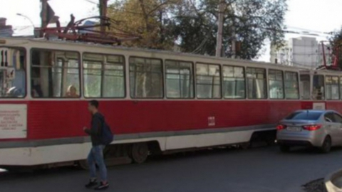 В Заводском районе остановился трамвай маршрута №9