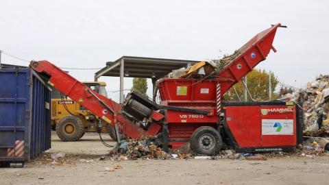 Более 100 тысяч тонн мусора поступило на гусельскую МПС с начала этого года