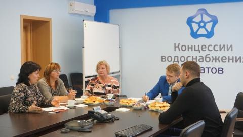 Коммунальщики и педагоги обсудили совместную работу по экологическому просвещению