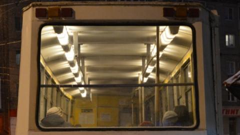 Отменены десятки вечерних рейсов электротранспорта