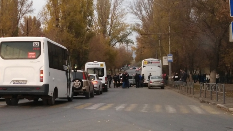 Полчаса назад в Заводском районе столкнулись четыре машины