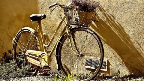 12-летний велосипедист столкнулся с 15-летним мотоциклистом