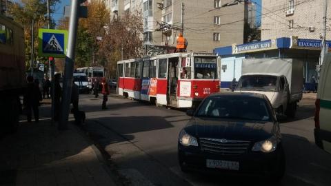 В Саратове опять остановились четыре трамвайных и два троллейбусных маршрута