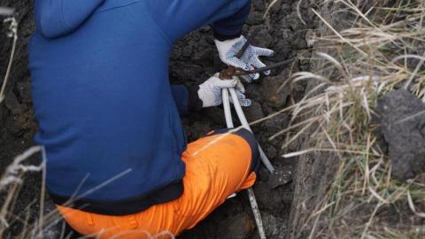 Специалисты КВС ликвидировали незаконные врезки в водопровод в Дачном