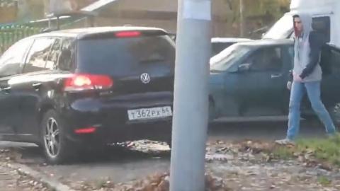 В ВК выложили видео с хронической автохамкой