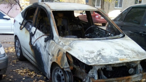 В Энгельсе сгорела машина
