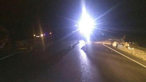Mitsubishi Pajero врезался в трактор на трассе Сызрань – Волгоград