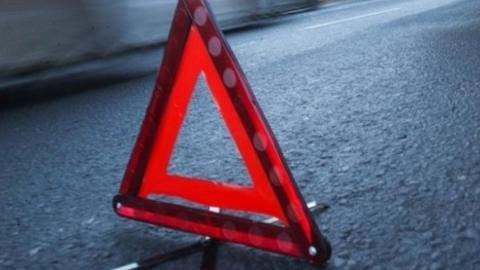 Двое мужчин попали под колеса в Балаково