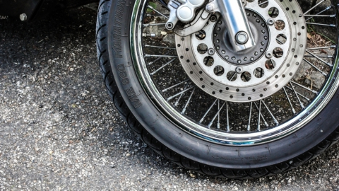 Погубившему 14-летнюю девушку мотоциклисту предъявлено обвинение