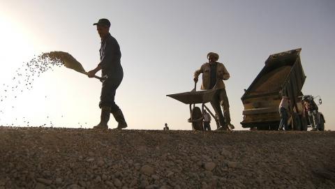 Приговоренных к исправительным работам саратовцев отправят строить дороги и делать кирпич