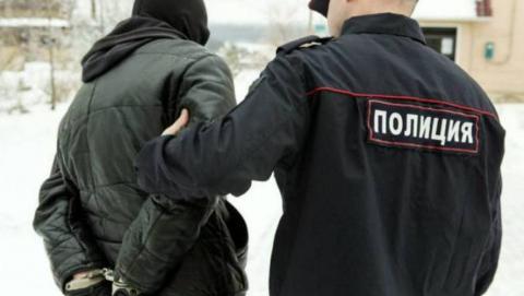 Безработных саратовцев подозревают в краже техники