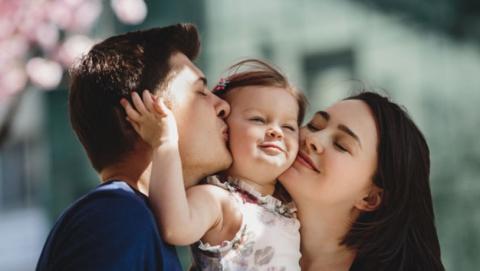 Более 9 тысяч саратовских семей получат дополнительную выплату за рождение первенца