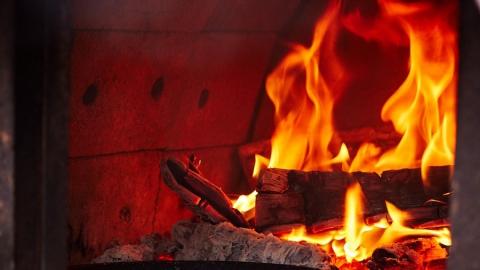 Пожилой мужчина погиб на пожаре из-за печки
