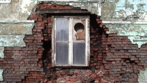 В Заводском районе снесли восемь домов по требованию прокуратуры