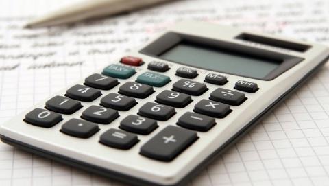 Три чиновника «забыли» рассказать налоговой о доходах